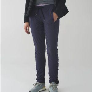 Lululemon runderful pants